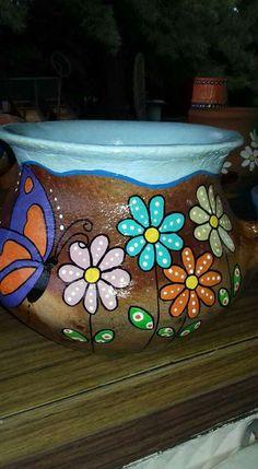 #artesaniasmexicanasdiy Flower Pot Art, Clay Flower Pots, Flower Pot Crafts, Clay Pot Crafts, Clay Pots, Painted Plant Pots, Painted Flower Pots, Pottery Painting Designs, Pottery Designs