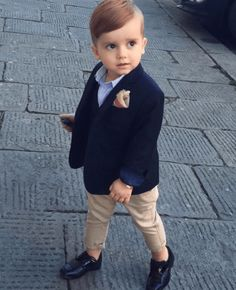 5 guidelines for raising your son into a gentleman These things will turn a boy into a man. Toddler Boy Fashion, Little Boy Fashion, Toddler Boy Outfits, Toddler Boys, Kids Outfits, Kids Fashion, Trendy Boy Outfits, Little Boy Outfits, Little Boys