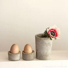 Beton DIY, Gefässe selber machen, Eierbecher, Vase, Schale, Kerzenständer aus Beton gießen, Anleitung, Pflanzkübel, tutorial, knobz, Eierbecher basteln