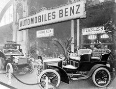 Frühe Jahre: Ausstellungstand von Benz & Cie. auf dem 5. Autosalon Paris im Jahr 1902.