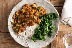 Easy Chickpea & Potato Curry (Chana Aloo Curry)