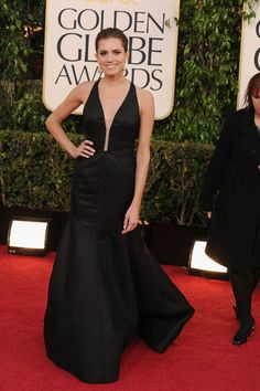 Girls actress Allison Williams goes movie star glam in a low-cut black gown by J. Mendel.    Read more: Golden Globes Red Carpet 2013 - Pictures from 2013 Golden Globes Red Carpet - Harper's BAZAAR  Follow us: @Kerry Pieri on Twitter | HarpersBazaar on Facebook  Visit us at HarpersBAZAAR.com