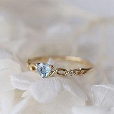 Heart Jewelry, Cute Jewelry, Jewelry Rings, Jewellery, Gold Jewelry, Heart Wedding Rings, Diamond Wedding Rings, Wedding Bands, Cute Rings