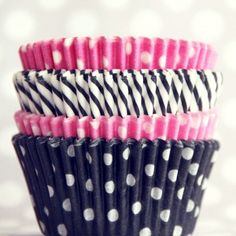 Ahhh- love it - Minnie Mouse Zebra Polka dot cupcake wrappers