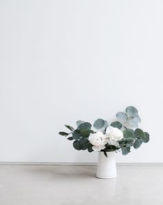 Kindred – Handmade Vases (Oh So Pretty)