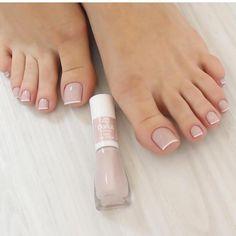 Image may contain: one or more people and closeup Pink Toe Nails, Pretty Toe Nails, Pink Toes, Pretty Toes, Cute Nails, Beauty Hacks Nails, Cute Nail Polish, Manicure Y Pedicure, Stylish Nails