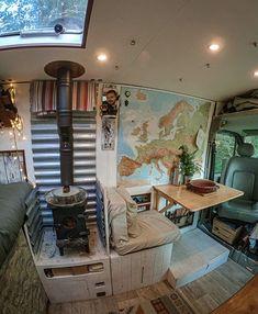 Van Conversion Interior, Camper Van Conversion Diy, Rangement Caravaning, T3 Vw, Converted Vans, Build A Camper Van, Bus Living, Motorhome, Vanz