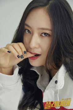 ⭐@Minmiogii⭐ Krystal Fx, Jessica & Krystal, Jessica Jung, Korean Beauty, Asian Beauty, Krystal Jung Fashion, Taeyeon Fashion, Stupid Girl, Role Player