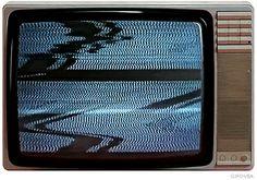 Mau momento – TV por assinatura br perdeu 500 mil assinantes em 4 meses - Blue Bus