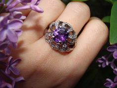 #rings #jewelry #DiamondCandles Do you think this ring looks amazing?