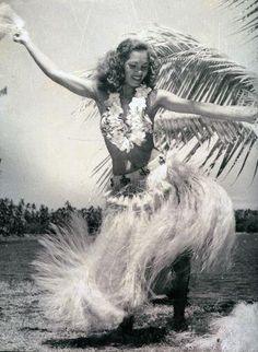 vahine vintage    #french #polynesia #tahiti #travel #dream