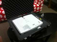 @arun_venkatesan posted this nifty customized Peli projector case on Twitter Nifty, Twitter, Suitcases