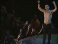 """depeche mode gif """"Everything Counts"""" Dave Gahan"""