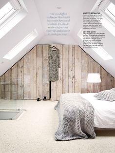 Bedroom. Wood effect wallpaper.