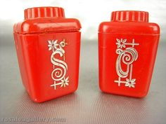 Lustro Ware Salt and Pepper