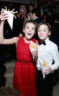 Millie Bobby Brown & Noah Schnapp from SAG Awards 2017: Party Pics Apparently Eleven goes gaga for fries, too.