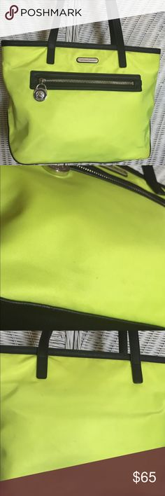 MICHAEL KORS KEMPTON TOTE MK neon yellow tote Like New, Excellent Condition ❤️ Bags Totes