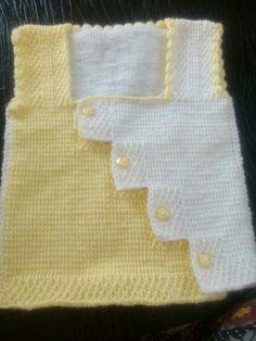 Tunisian work 2 color sweater making Nevim Simsek Kılıç Baby Knitting Patterns, Hand Knitting, Crochet Patterns, Crochet Baby, Knit Crochet, Baby Pullover, Knitted Flowers, Der Arm, Baby Vest