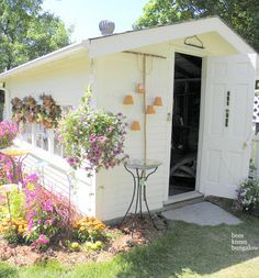 {Bees Knees Bungalow}: Bachman's 2011 Summer Ideas House: Pt I A fun and colorful shed with many ideas for repurposed or recycled items