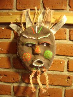 Meet The Creative Part of Me : Afrikanske masker Mask Ideas, Ghana, Quilling, Meet, Christmas Ornaments, Holiday Decor, Creative, Blog, Africa