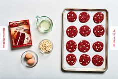 Making cookies with cake mix means that your holiday dessert is quick and easy. These Red Velvet cake cookies are only 4 ingredients but they taste homemade. Lemon Crinkle Cookies, Gooey Butter Cookies, Chocolate Crinkle Cookies, Chocolate Crinkles, Chocolate Cake Mixes, Almond Cookies, Sugar Cookies, Red Velvet Cookie Recipe, Red Velvet Cookies