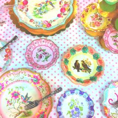 Love this table design I make out of talking tables plates