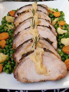 Pork Recipes, Diet Recipes, Cooking Recipes, Jacque Pepin, Hungarian Recipes, Romanian Recipes, Romanian Food, Lamb, Bacon