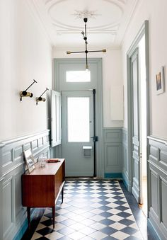 First impression is always important and the hallway is often the first room of any house. It's the first contact a visitor has with your home. Here's part two of typical mistakes to avoid when remodeling the hallway. Tiled Hallway, Entry Hallway, White Hallway, Hall Tiles, Entry Tile, Hallway Flooring, Modern Entryway, Duck Egg Blue Hallway, Duck Egg Blue Living Room