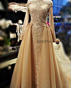 "699 Likes, 5 Comments - SHEEVA OFFICIAL (@sheevaofficial) on Instagram: ""#sheevaofficial #sheevacouture #sheevabridal #bridal #weddingdress #gelinlik #abiye #nişanlık #kina…"""
