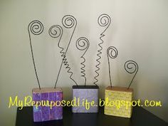 My Repurposed Life™: Photo holder tutorial Wire Picture Holders, Photo Holders, Place Holder, Wire Crafts, Vbs Crafts, Photo Blocks, Craft Night, Diy Arts And Crafts, Diy Photo