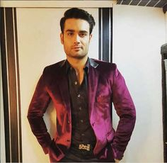 Birthday special: 7 reasons why Vivian Dsena is one of the sexiest men around!