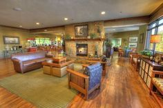Pigeon Forge Hotel Amenities At Inn On The River Hotel With