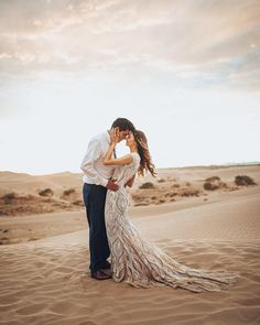 Wedding Dreams, Dream Wedding, Desert Pictures, Utah Photographers, Couple Photography Poses, Pre Wedding Photoshoot, Green Wedding Shoes, Death Valley, Dune