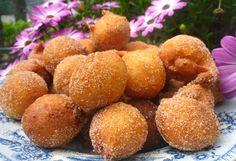 Portuguese Desserts, Portuguese Recipes, Portuguese Food, Donut Recipes, Cake Recipes, Cooking Recipes, Muffins, Chocolate, Sweet Recipes