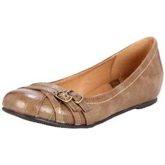 CL by Chinese Laundry Women's Mackenzie Ballet Flat http://www.endless.com/Chinese-Laundry-Womens-Mackenzie-Ballet/dp/B004WK1L3O/ref=cm_sw_o_pt_dp