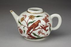 Teapot and cover  Vezzi porcelain factory 1720s Venice  V&A Search the Collections