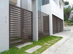1000 images about frentes rejas on pinterest puertas for Disenos de puertas para casas modernas