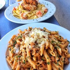 "42 Likes, 5 Comments - Tameka N Malaree (@waffleznwhiskey) on Instagram: ""All this beautiful pasta.... how could you choose just 1??? @elmstreetdiner #pasta #pastalover…"""