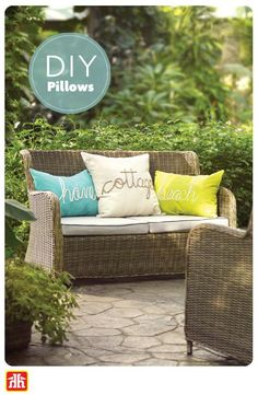 Add extra comfort to your outdoor furniture with these DIY pillows. Outdoor Sofa, Outdoor Living, Outdoor Furniture Sets, Outdoor Decor, Outdoor Projects, Diy Projects, Easy Diy, Simple Diy, Diy Pillows