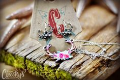 The Floral Hunting Hunnies Rack Necklace Western Jewelry, Beautiful Soul, Beautiful Necklaces, Hunting, Girly, Feminine, Things To Come, Bling, Stud Earrings