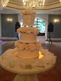 Calumet Bakery Wedding cake #34
