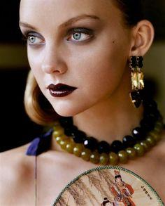 Beautiful makeup, beautiful earrings