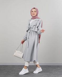 Hijab Fashion Summer, Modern Hijab Fashion, Hijab Fashion Inspiration, Muslim Fashion, Chic Outfits, Fashion Outfits, Hijab Outfit, Hijab Dress, Islamic Clothing
