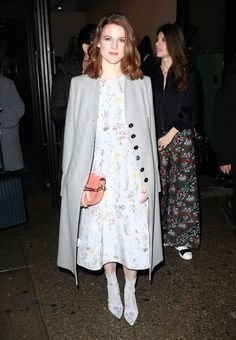 Rose Leslie Photos Photos - Rose Leslie spotted leaving her hotel in New York City, NY on February The 'Game of Thrones' actress was looking polished with a matching dress and boots, and a long coat, - Rose Leslie Leaving Her Hotel In NY Rose Leslie, Red Carpet Dresses, Fall Winter, Winter 2017, Front Row, Duster Coat, Kimono Top, New York, Actresses