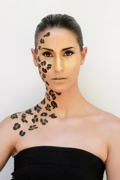 Leopard print make up & design by Lisa Allen Adult Face Painting, Body Painting, Kids Makeup, Makeup Ideas, Makeup 101, Zoo Project Ibiza, Jungle Costume, Leopard Halloween, Safari Party