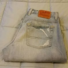 """Lucky Brand Short 28 Easy Rider Lucky Brand Short 28 Easy Rider   Worn, but still in good condition. Cuffs have light wear. Please review pics for item condition.   They do not stretch.  Labeled as size 6/28 short  Waist: 30""""  Inseam: 29.5""""  Front rise: 9""""  Back rise: 12"""" Lucky Brand Jeans Straight Leg"""