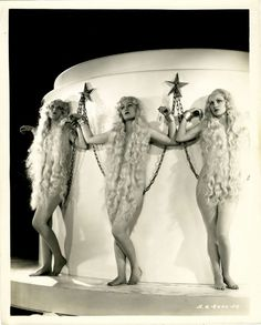 One of the last pre-code films. 1933 Roman Scandals with a young Lucille Ball in the chorus as a slave girl Vintage Photographs, Vintage Photos, Vintage Films, Scandal, Busby Berkeley, Roman, Pre Code, Musical Film, I Love Lucy