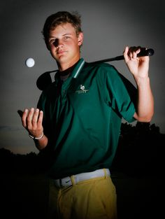 Golf portraits are sometimes challenging but this is nice. Informations About Golf portraits are som Golf Senior Pictures, Senior Photos, Graduation Pictures, Senior Portraits, Team Pictures, Skate, Golf Photography, Senior Guys, Senior Year