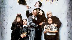 Os atores de A Família Addams 26 anos depois