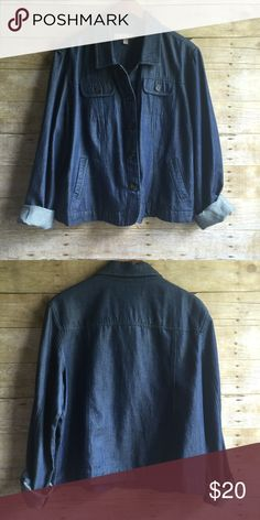 Lightweight Denim Jacket In new condition with no flaws!  Button up & slightly stretchy Croft & Barrow Jackets & Coats Jean Jackets